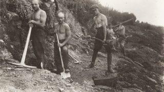 Чины Русской Армии ген. Врангеля за работой в Болгарии. 1920-ые гг.